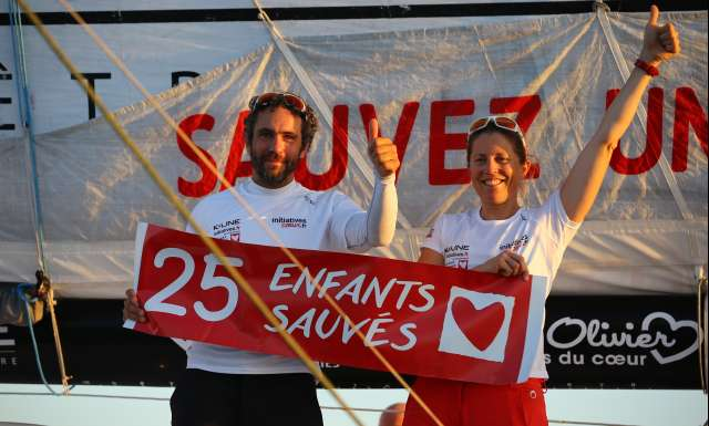 6th place in Imoca category for Initiatives-Cœur, skippers Tanguy de Lamotte and Samantha Davies, during arrivals of the duo sailing race Transat Jacques Vabre 2017 from Le Havre (FRA) to Salvador de Bahia (BRA), on November 20th, 2017 - Photo Jean-Marie Liot / ALeA / TJV2017