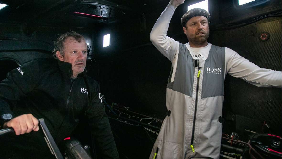 Newsflash: Hugo Boss withdrawing from race with keel damage