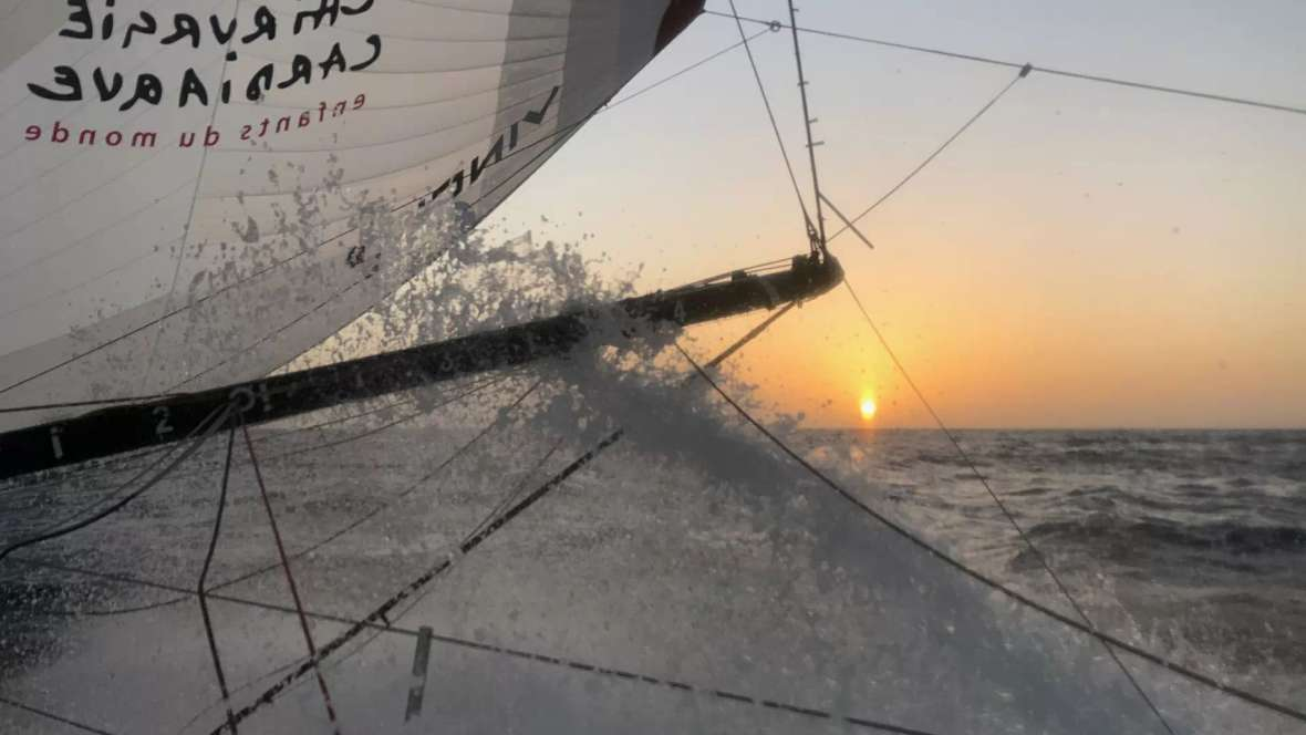 Sam Davies (Britain) -  Initiatives-Cœur (IMOCA)